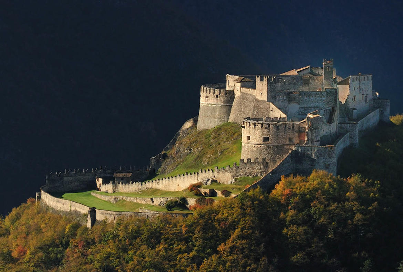 Castel-Beseno_imagefullwide